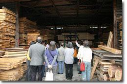 池川林材 倉庫