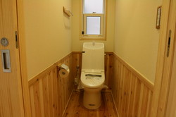 山小屋風トイレ