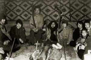 チセでの宿泊体験時の写真